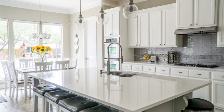 How to Bling Out and Upgrade Your Kitchen on a Tight Budget